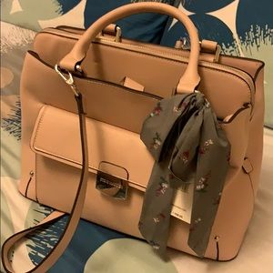 New Steve Madden large satchel with scarf